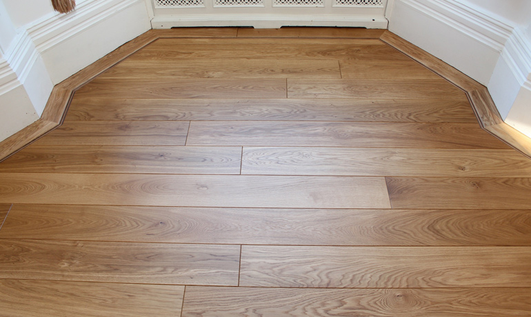 Solid wood floors wood floor sanding oak wood floor for Real oak hardwood flooring